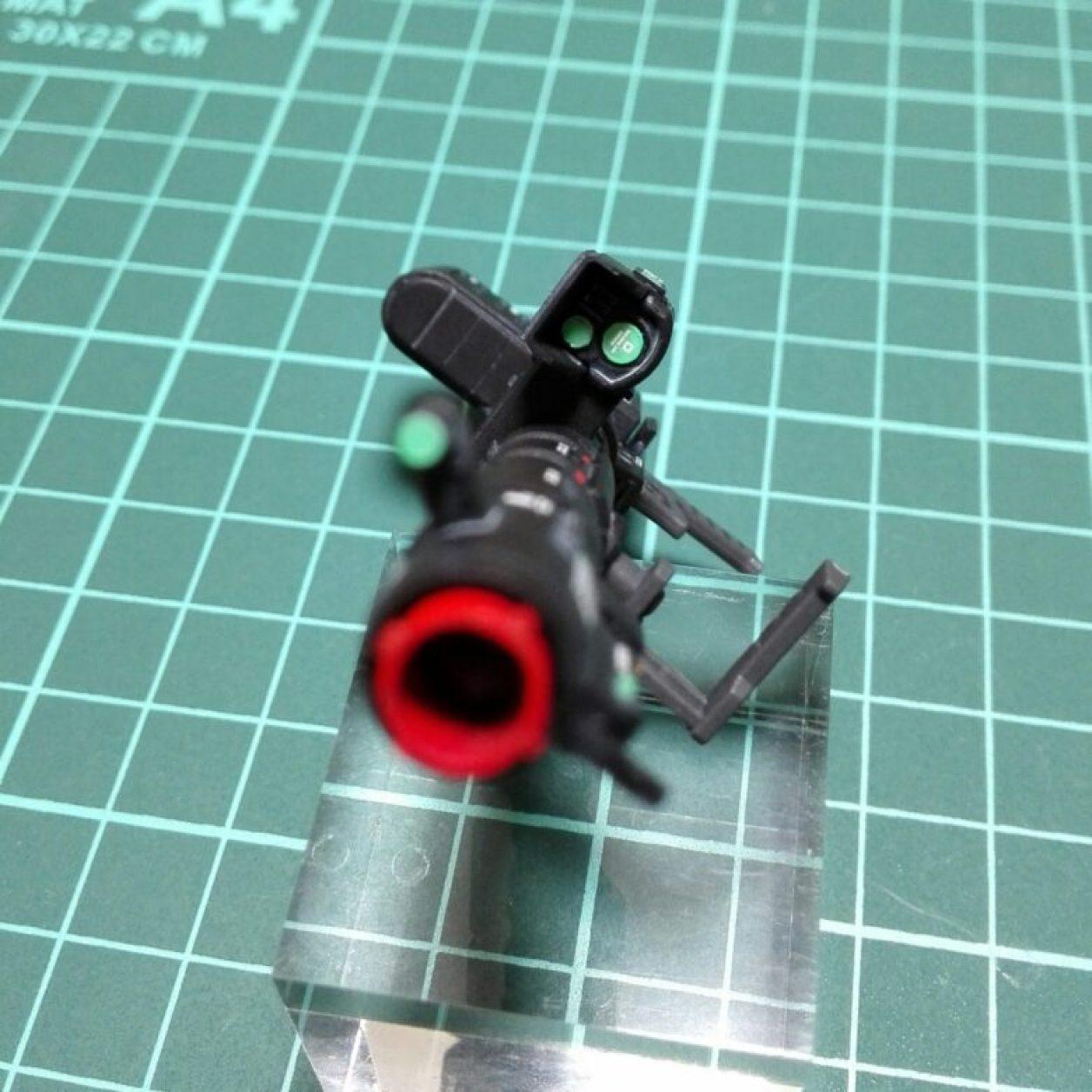 hg ジョニー・ライデン専用ゲルググのロケット・ランチャーに水転写デカールを貼付けた画像