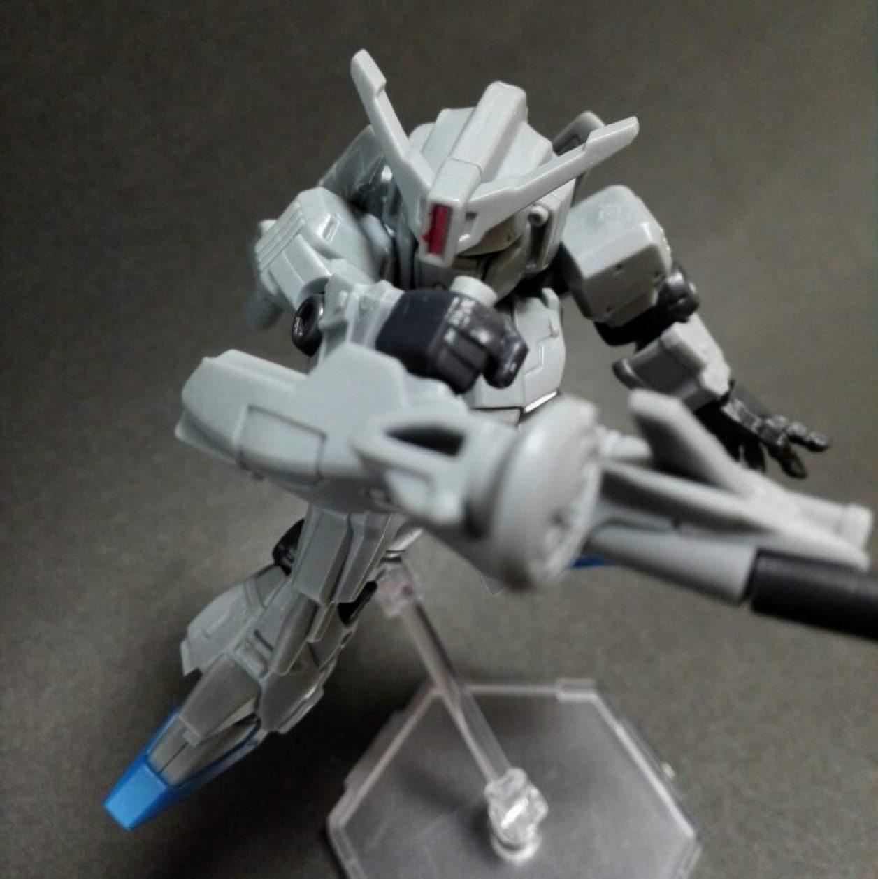 mobile suit ensemble(モビルスーツアンサンブル)14弾のゼータプラスとMS武器セットの組み合わせから作ったゼータプラスC1にC1用ビーム・スマートガンを装備させた画像