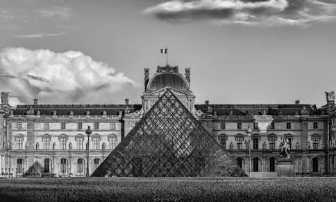 Louvre Müzesi, Paris, Fransa.