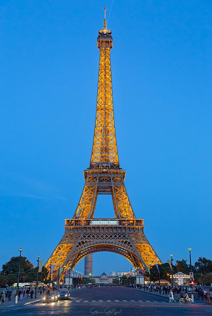 Eyfel Kulesi, Paris, Fransa.