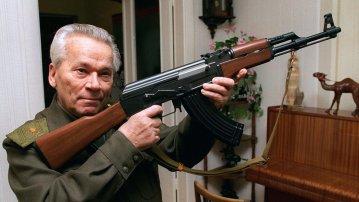 Kalashnikov with his creation