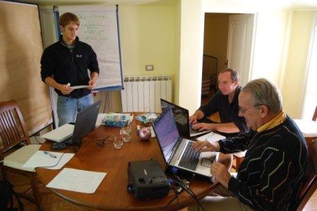 Social Web-Workshop: Björn, Ralf und Günter brüten eine neue Internetstrategie aus