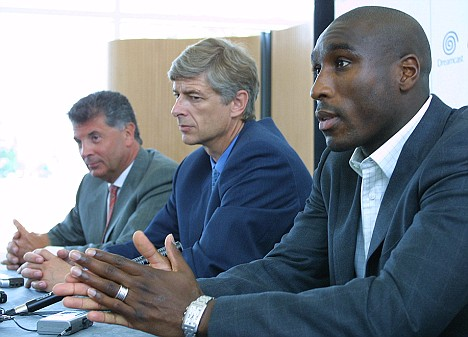 dein-and-wenger-sign-sol-campbell