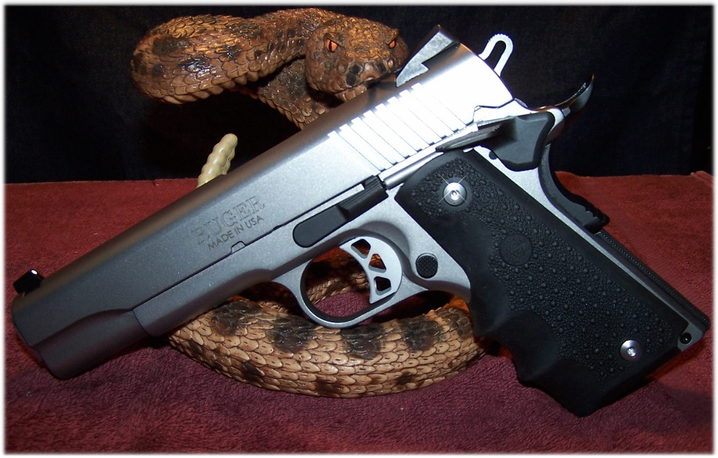 Hogue Wraparound Rubber Grips with Finger Grooves 1911 Colt  45 9mm