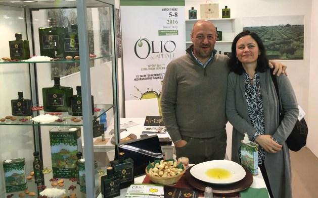 """Ekologiško extra virgin alyvuogių aliejaus """"Centonze"""" gamintojas"""