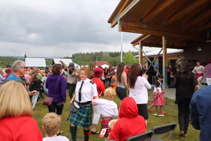 People dancing with Manuela and I at Canada Day -2016