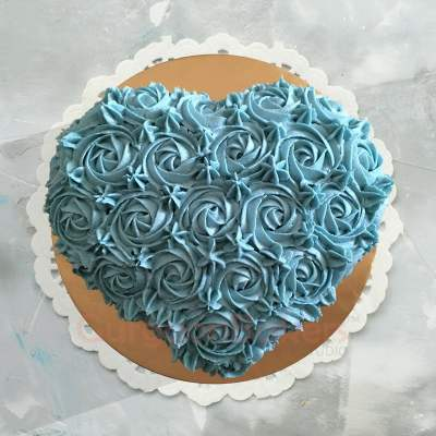 enchanted heart cake