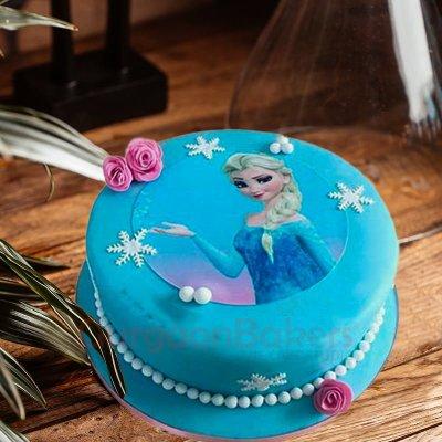 queen elsa truffle cake