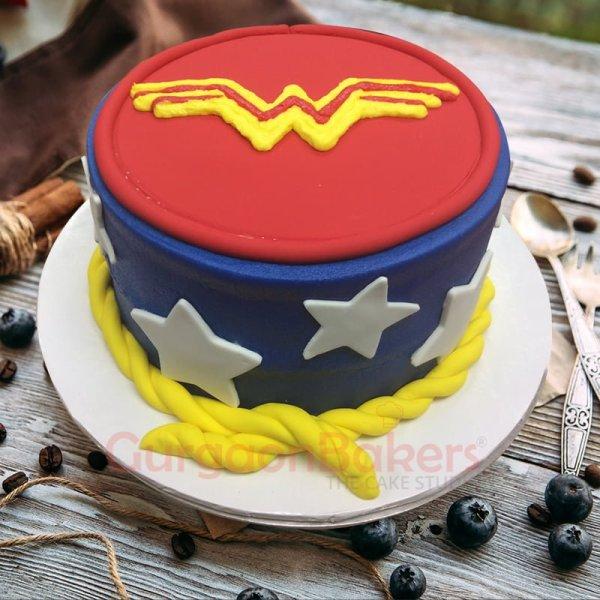 wonderful wonder woman cake