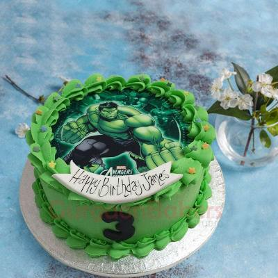 incredible hulk cake