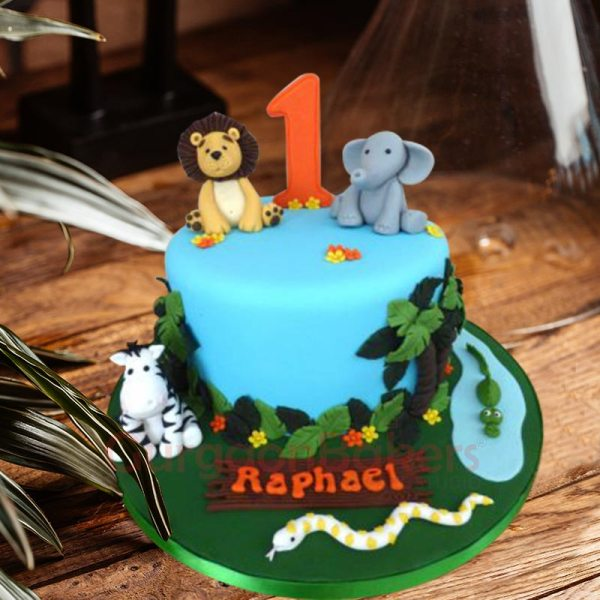 contemporary jungle theme cake