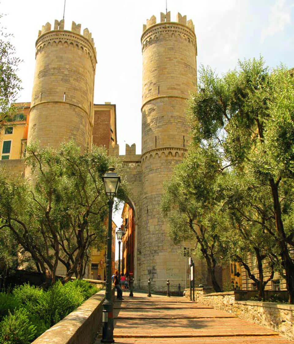 Ворота Порта-Сопрано, Генуя