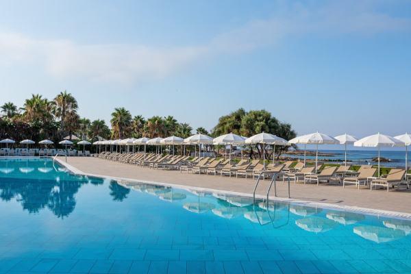 Отели Кипра только для взрослых
