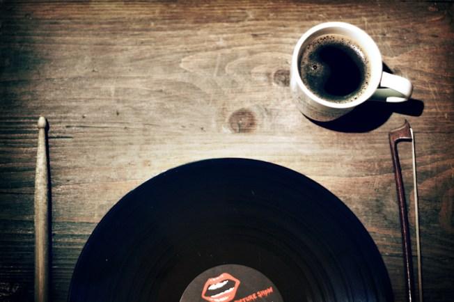 Vinyl Breakfast Plate, Flickr, CC, by Christian Bardenhorst