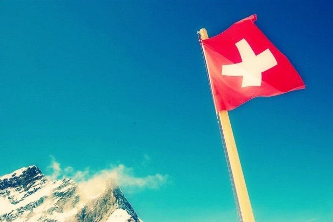 swiss_flag_and_alpine_peak