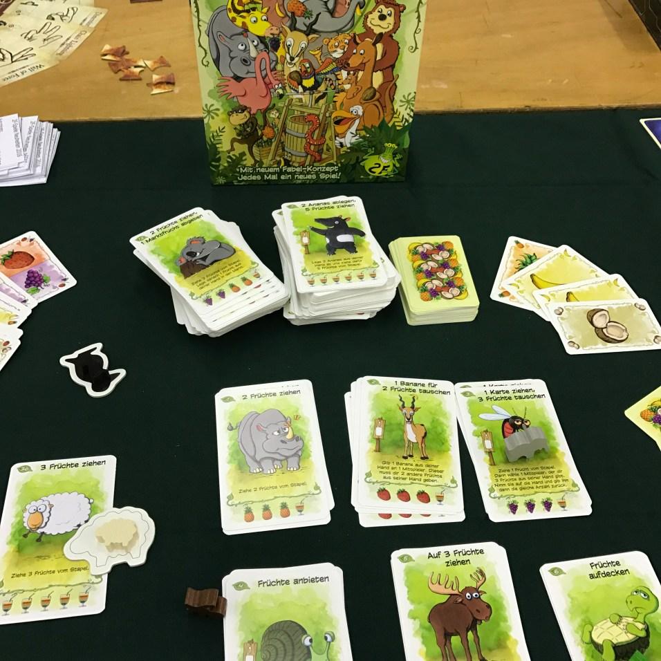 Le nouveau (gros) jeu de Friese. Un jeu de cartes évolutif. Vivement la VF