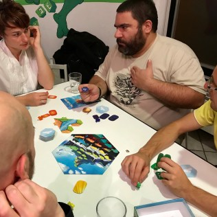 That's a Question. Le nouveau party-game de Vlaada Chvátil (Codenames)