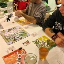 Dragon Castle. Un jeu de construction et de gestion avec des tuiles de mahjong