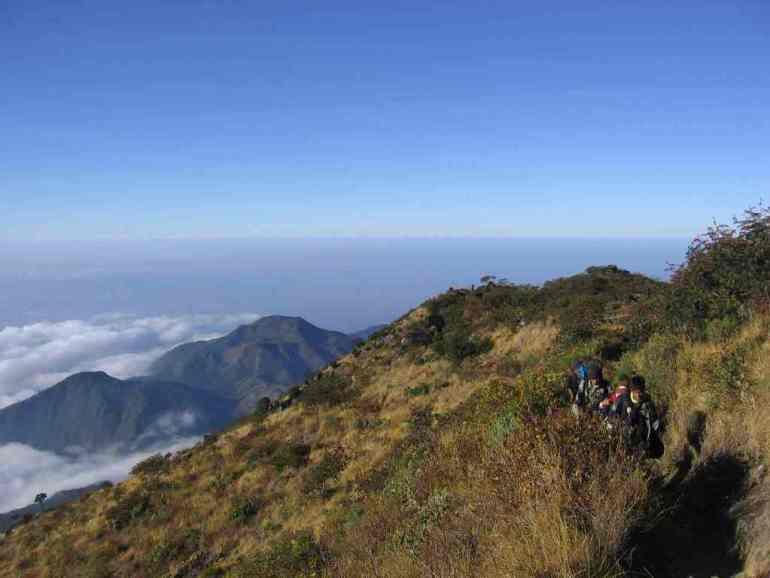 Pemandangan Pendakian ke Gunung Lawu