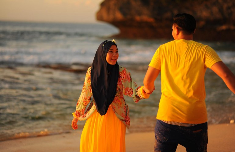 Menikah dengan perempuan yang lebih tua