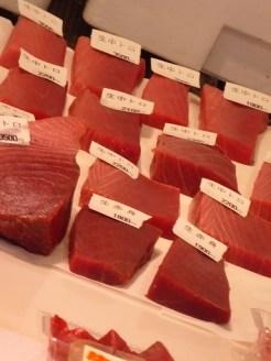 Graded tuna in the market