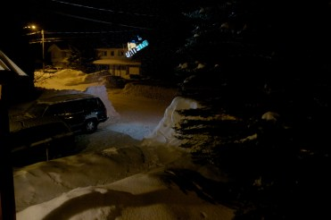 Ian Kristofor Linde, method over the driveway gap. Fernie B.C. Canada.