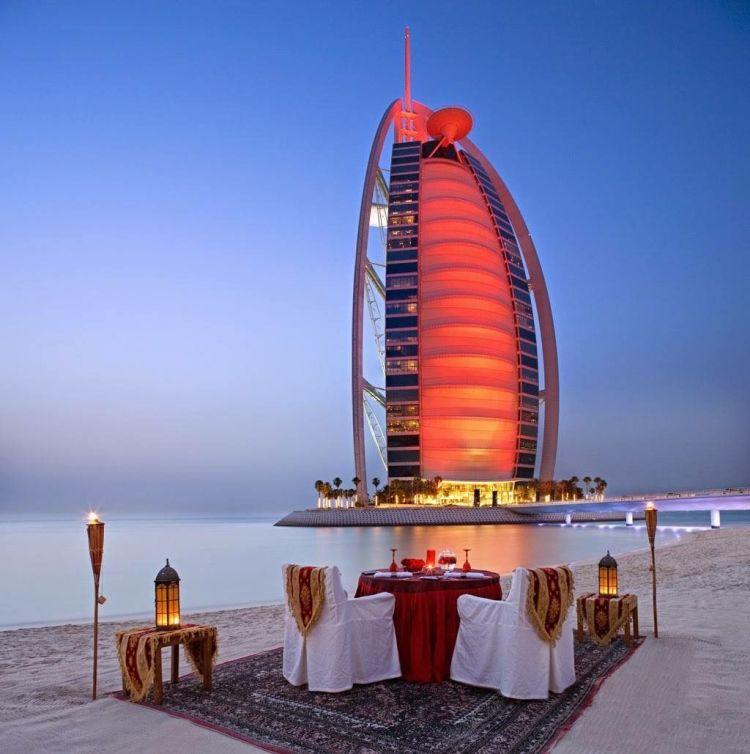 cena romántica en Dubái