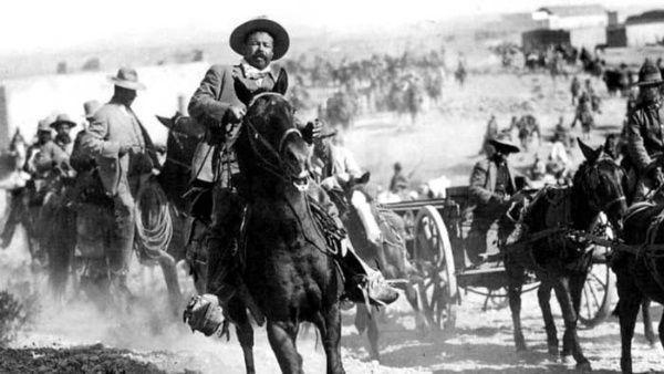Pancho Villa and his horse Siete Leguas