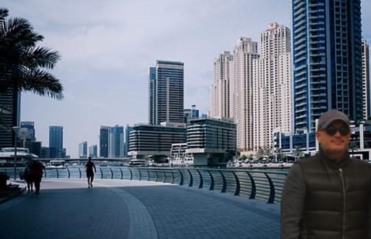 Gustavo Mirabal en las calles de Dubái - Emiratos Árabes Unidos