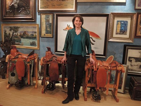 Sabine Schmidt saddles in Mongolia