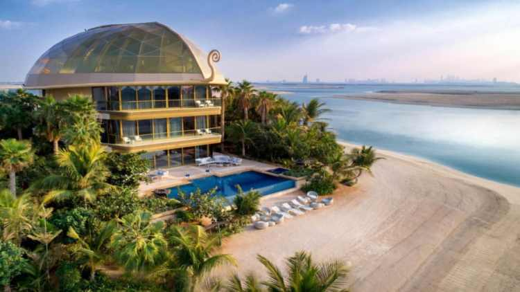 The megamasion of the island of Sweden in Dubai