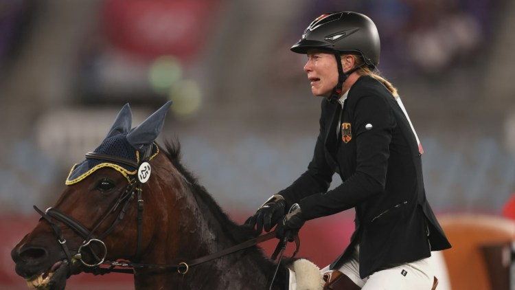 Annika Schleu - Escándalo Olímpico en el Pentatlón