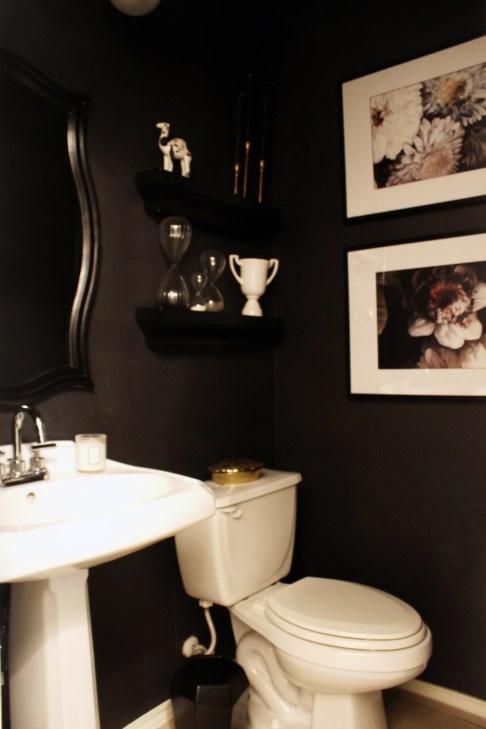 Ellie Cashman Floral Wallpaper Bathroom copy