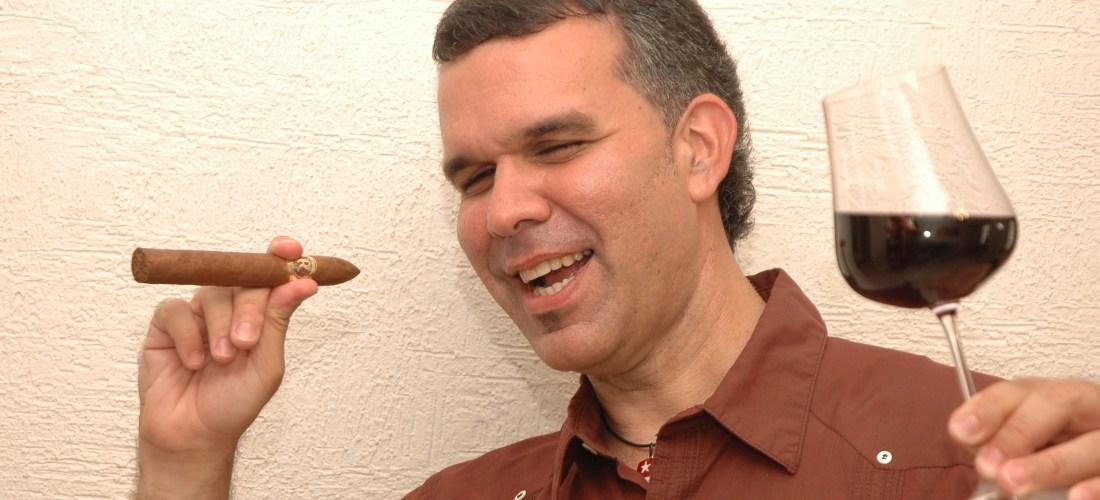 Labelofilia, vital o decorativa? by Master Wine Sommelier & Master Cigar Sommelier Yamir Pellegrino