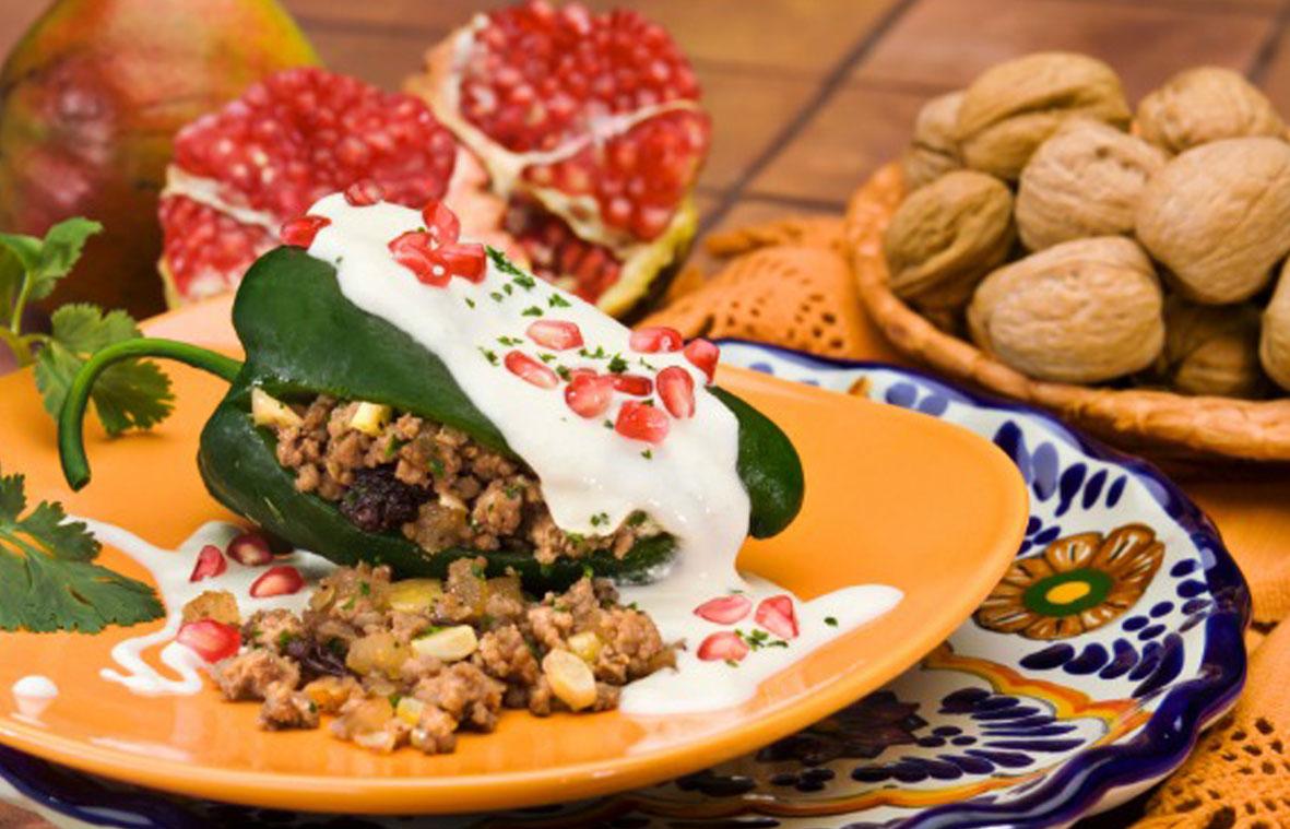 México Gourmet video «Los Chiles en Nogada en México» Chef Gerardo Vázquez Lugo @chefgevalu @rnicos #MéxicoGourmet