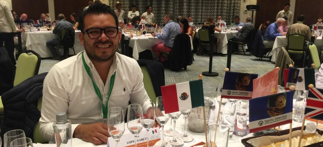 "#MezcalOroDeOaxaca presente en el ""Spirits Selection by Concours Mondial de Bruxelles"" @mezcaloro"
