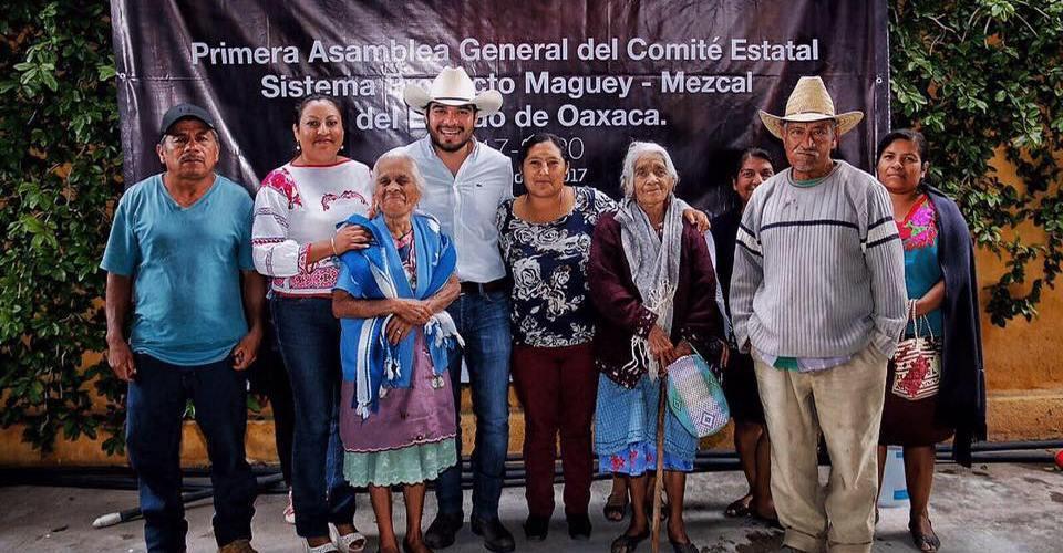 Se instala el 'Comité del Clúster del Mezcal' en #Oaxaca @mezcaloro #MezcalOroDeOaxaca