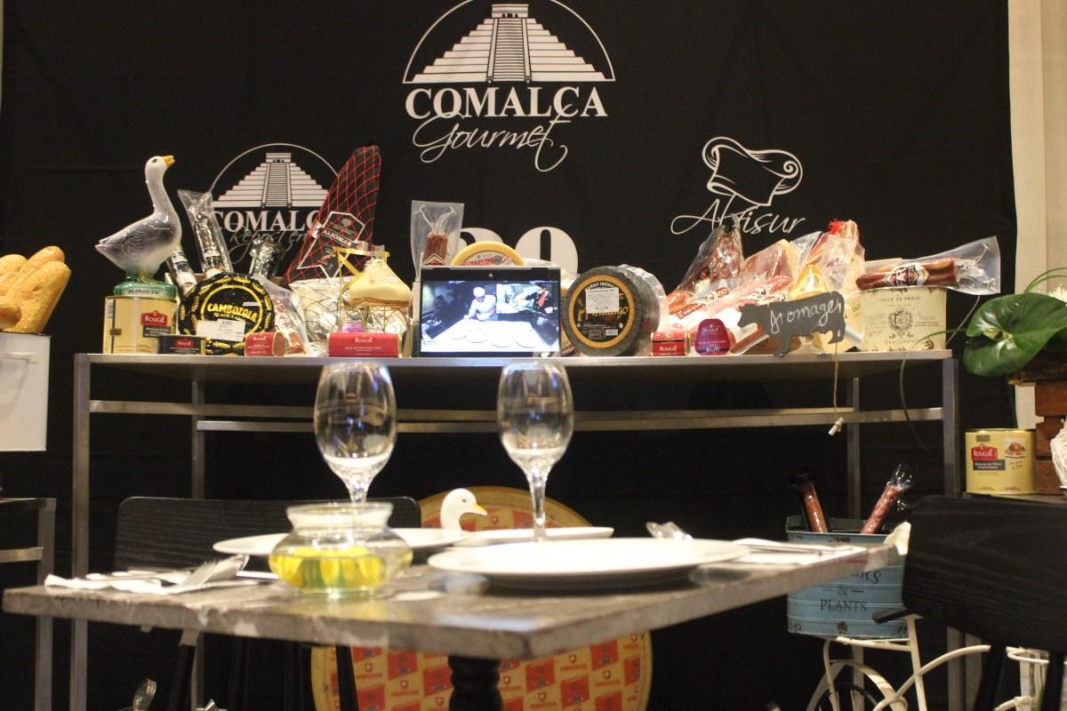 Celebrity Lounge by @comalcagourmet día uno