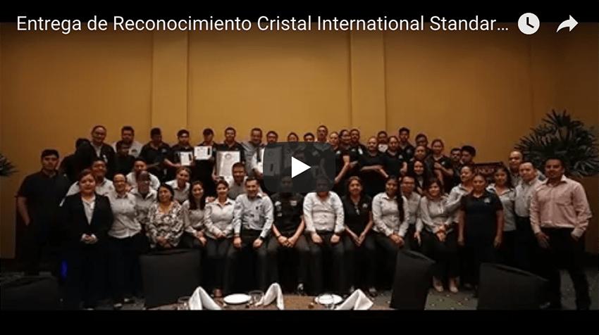 Grupo @comalcagourmet recibe reconocimiento Cristal International Standards  @CSFCristal