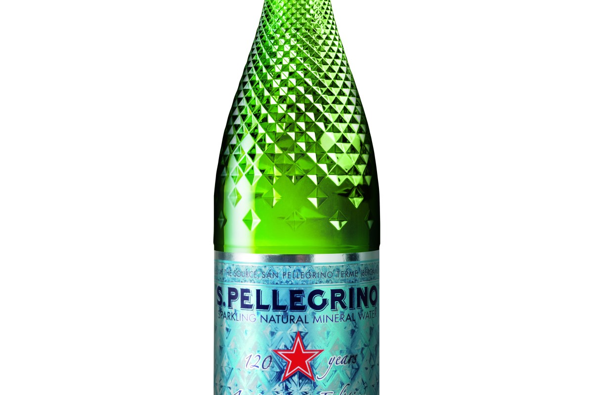 S. Pellegrino lanzó una botella edición especial por su 120 aniversario dedicada al mundo de los restaurantes. @spellegrino_mx
