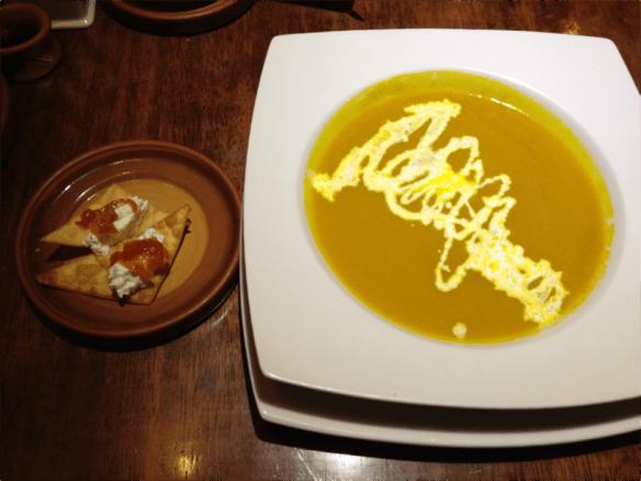 Crema de zapallo con naranja