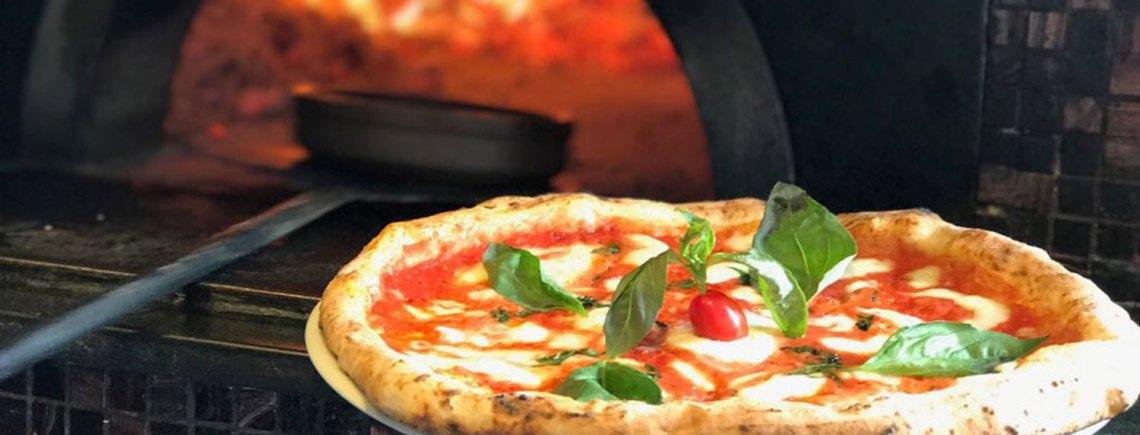 pizzas-napolitanas-horno-piedra-barcelona
