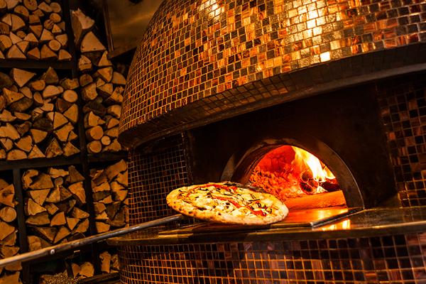 ristorante-italiano-barcelona-forno-a-legna