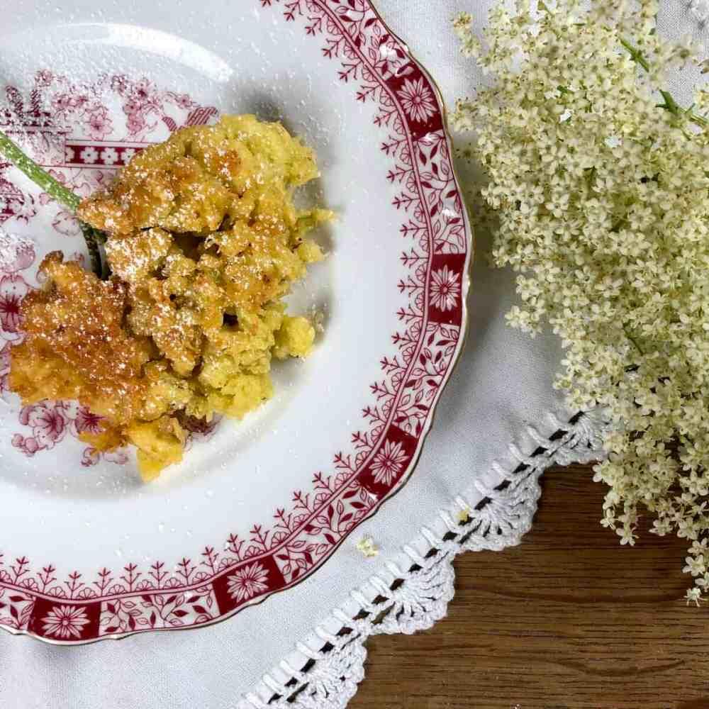 Holunderküchle - Gebackene Holunderblüten
