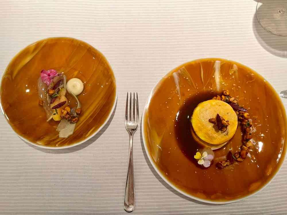Kalbshirn Piccata und Mallorquinischer Pfirsich.