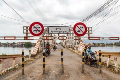 Die Alte Brücke dient heute nur noch Zweirädern und zur Not Fußgängern