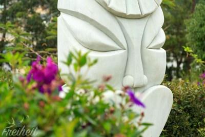 Kuriose Statue