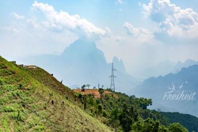 Ausblick während der Fahrt nach Vang Vieng