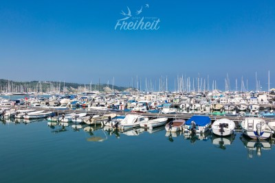 Auch Izola ist voller Segelbootbesitzer