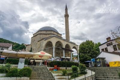 Die Sinan Pascha Moschee von 1615 - größtes islam. Gotteshaus des Landes